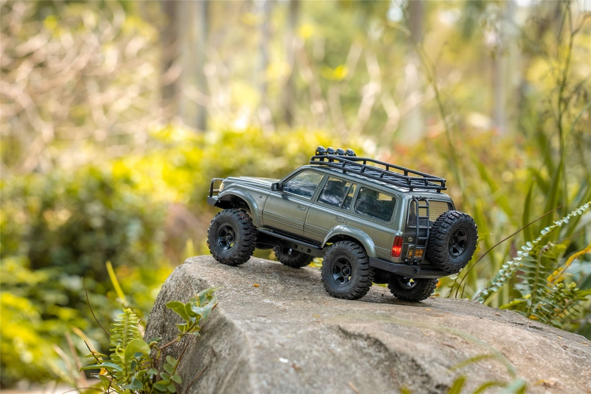 FMS TOYOTA LC 80 Land Cruiser 1:18 - Crawler RTR 2.4GHz