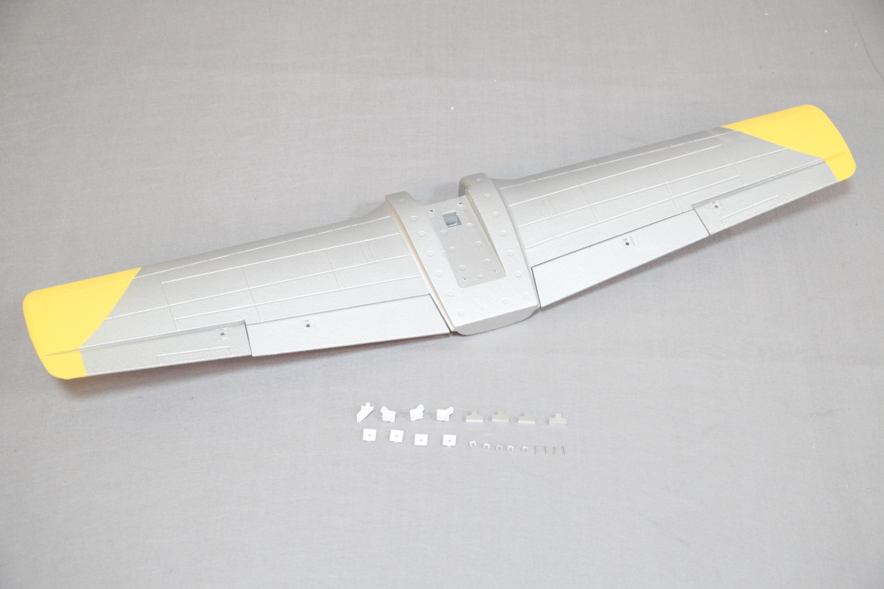 Arrows T-28 Trojan - Tragfläche
