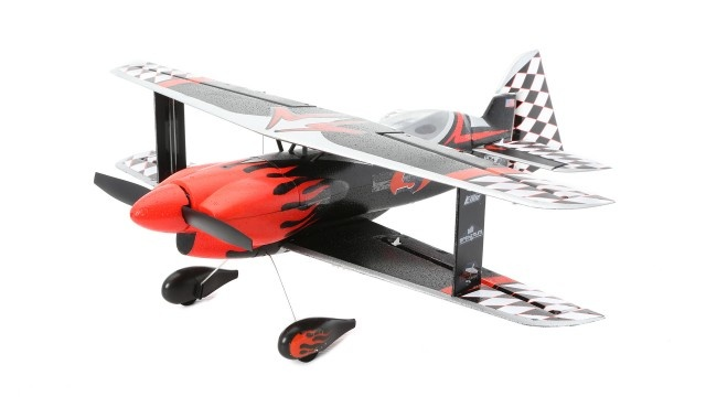 E-flite UMX P3 Revolution BNF Basic mit AS3X-Technologie